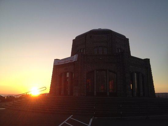Corbett, OR: Nearly sunset at Vista House