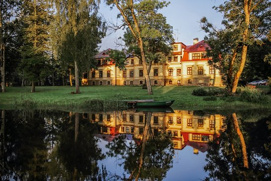 Dikli Palace hotel in summer