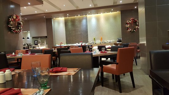 Kave Restaurant And Bar Lunch Buffet