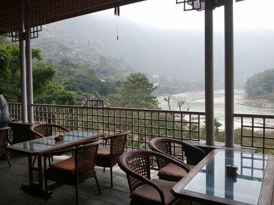 Kurintar, Nepal: One of the dining areas