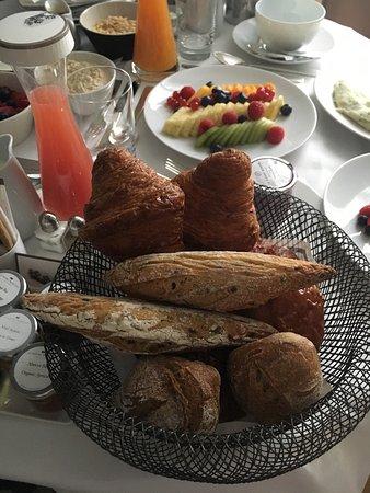 เลอรอยัลมอนซูโฮเต็ลราฟเฟิ่ลส์พารีส: Le Royal Monceau-Raffles Paris