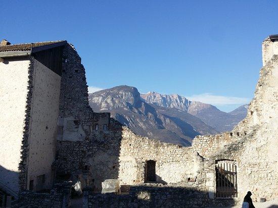 Besenello, Italy: Castel Beseno esterni