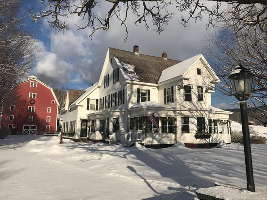 Farmhouse Inn at Robinson Farm: Winter at Farmhouse Inn