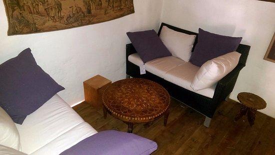 Guamasa, Spanien: Un espacio para los viajeros y comensales más exigentes.