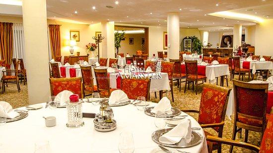 Stoliki W Restauracji Picture Of Hotel Amaryllis Swarzedz