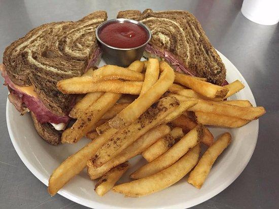 Harrisburg, AR: Reuben Sandwich