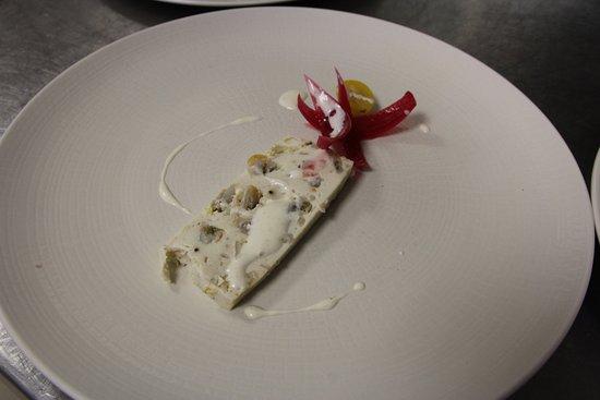 L'Epine, France: Nougat de daurade et coques au yuzu