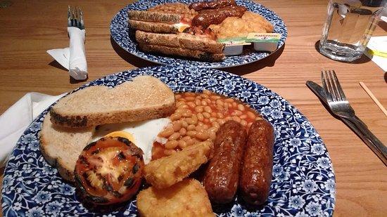 Vegetarian breakfast at The Leading Light, Faversham