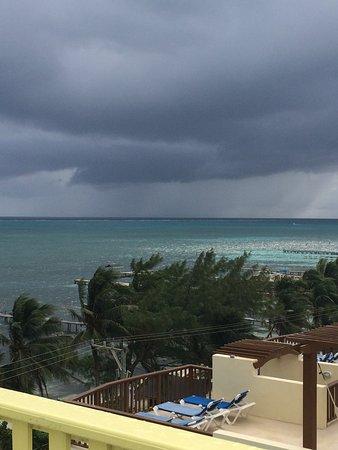Costa Maya Beach Cabanas : view from the upper deck