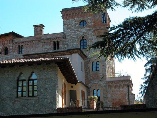 Castello Canussio Cividale - Esterno torre