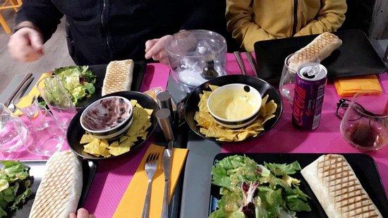 Dreux, France : Burritos