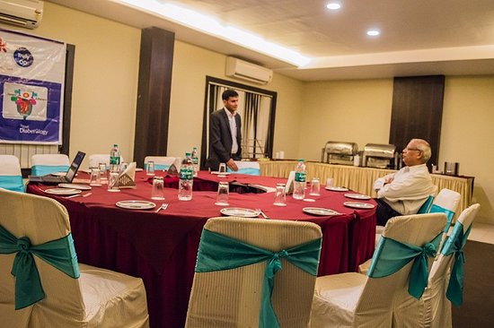 Hotel Sheela Shree Plaza: Board Room - Most appropriate to facilitate your business & board meets, doctor meet and confere