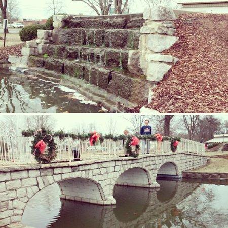 Fayetteville, TN: Stone Bridge Park