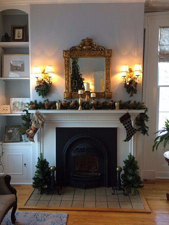 Aldrich Guest House: Christmas decorations