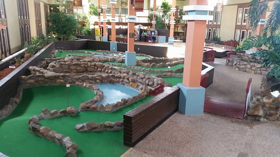 Elk City, OK: Mini golf course