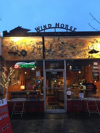 Milwaukie, OR: Wind Horse Coffee opens at 5:30 am on weekdays!