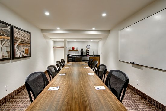Hanna, Kanada: Board Room