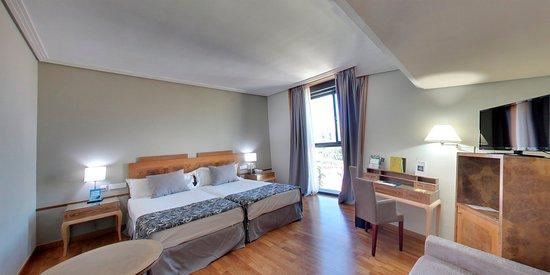 Hotel Silken Siete Coronas