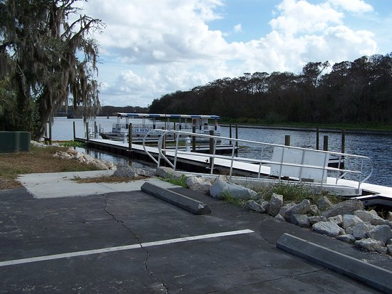 DeLand, Floryda: This is the dock where you get on the boat