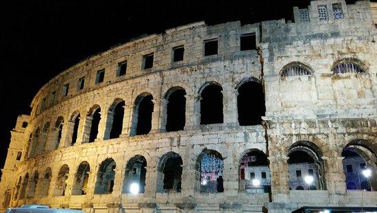 Амфитеатр Пулы: L'Arena a Pula
