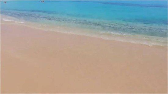 Grand-Case, St. Martin/St. Maarten: The blue waters of Grand Case Beach