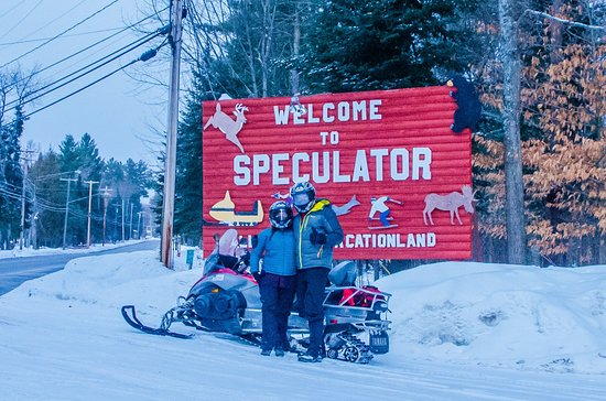 We ended our day in front of the classic sign by the Inn at Speculator
