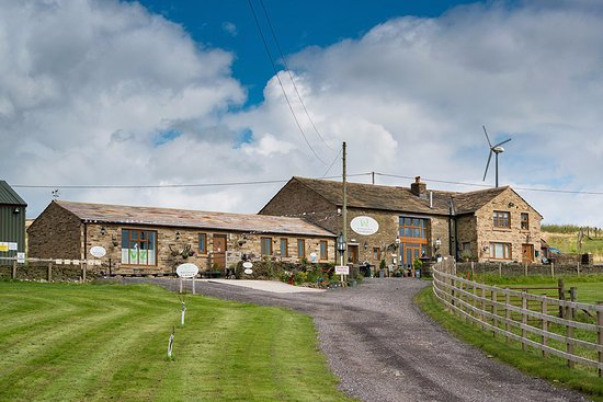 Edgworth, UK: The venue is a green wedding venue powered by a wind turbine