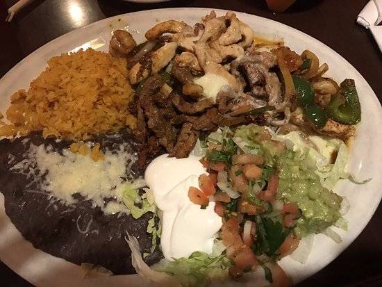 Bay Saint Louis, MS: Juvenal Fajitas
