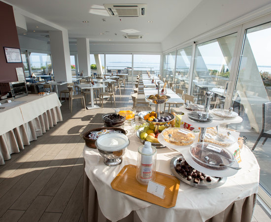 Breakfast Terrace at the Hotel Bonotto