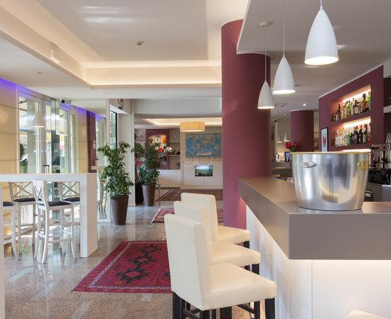 Bar at the Hotel Bonotto