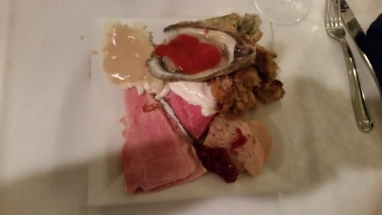 Apex, Carolina del Norte: Roast beef, Turkey & Oysters
