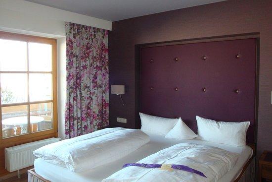 sch nes zimmer mit ausblick bild von hotel sommer f ssen tripadvisor. Black Bedroom Furniture Sets. Home Design Ideas