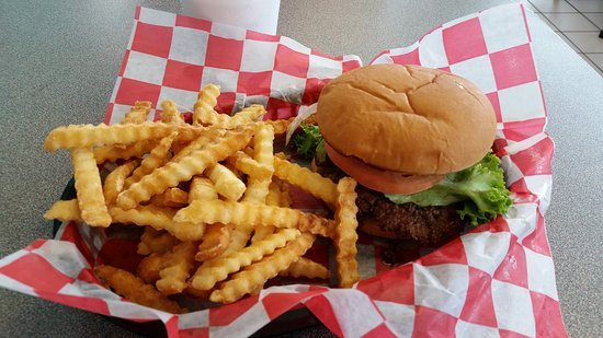 Sherman, IL: Burger and fries