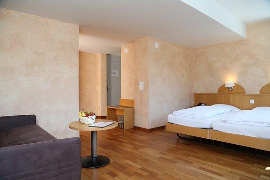 Hotel Crystal Interlaken: Quadruple room