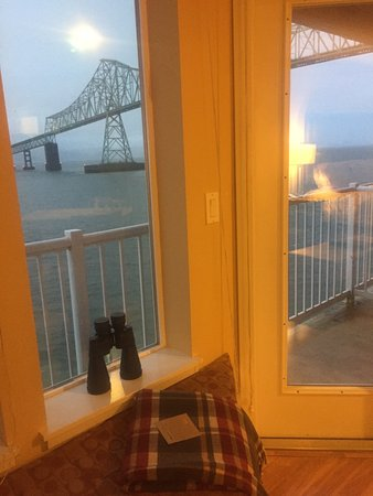 Cannery Pier Hotel: View with windowseat.