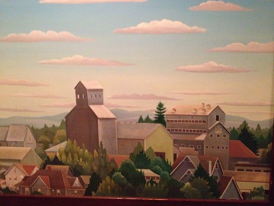 painting on the wallA painting on the wall  Picture of McMenamins Hotel Oregon