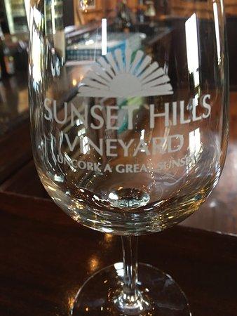 Sunset Hills Vineyard