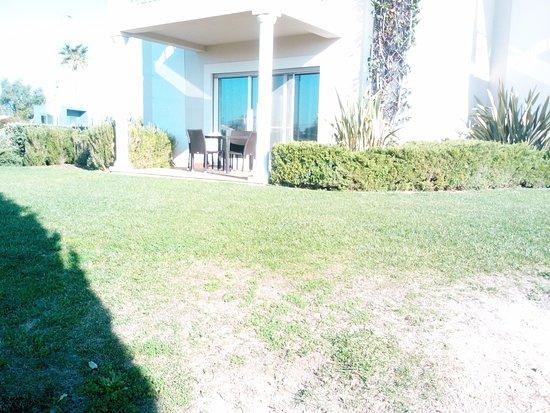 View across lawn to terrace bild fr n vale da lapa for 669 collingwood terrace glenmoore pa