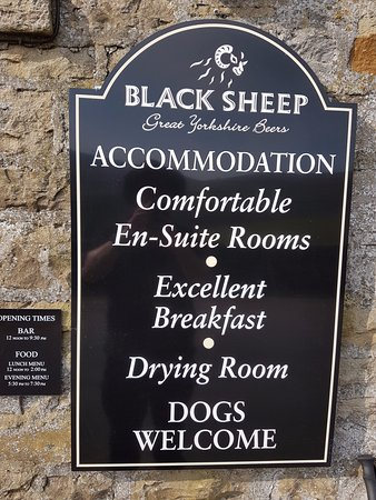 Keld, UK: hotel sign