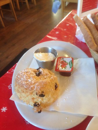 Sixmilebridge, Irlanda: Homemade Fruit Scone
