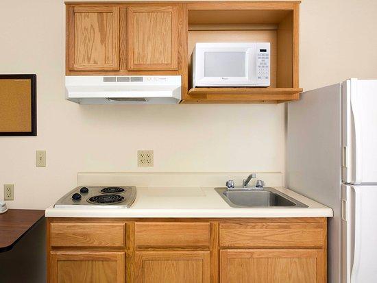 فاليو بليس آشفيل: In-Room Kitchen