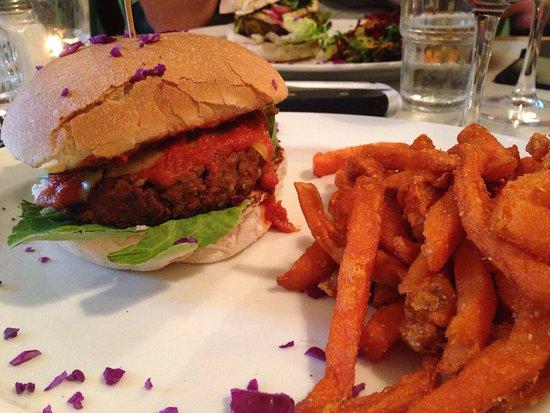 Royale Eatery: photo1.jpg