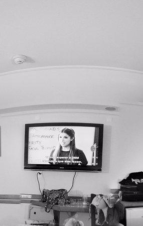 "Hotel Bella Italia: TV quarto 42""."