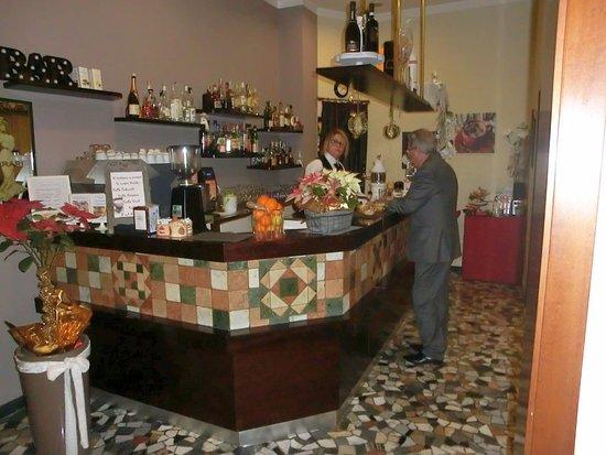 Hotel Terme Villa Pace: parte del bar