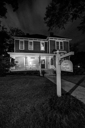 Auburn, ألاباما: Night Time Arrival