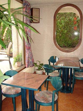 Embrun, Francja: Salle de petit déjeuner