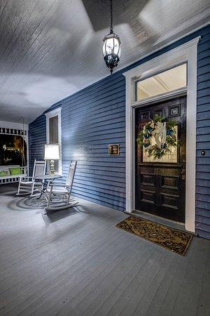 Auburn, ألاباما: Night Time Arrivals Available