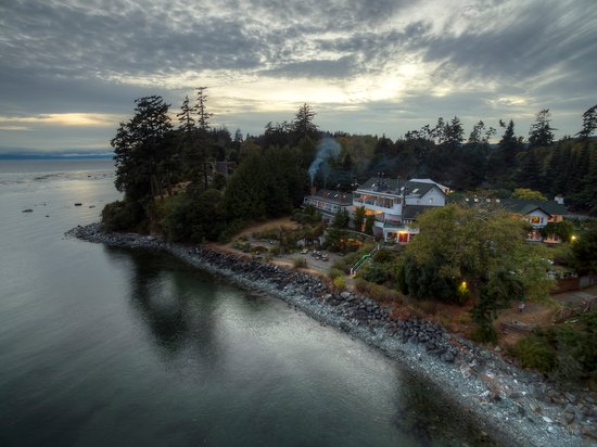 Sooke Harbour House Resort Hotel Photo