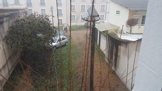 Parking Photo De Hotel Louise De Savoie Blois Tripadvisor