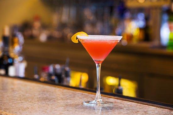 10 Below Restaurant & Lounge: Lavender Seduction - served up with a lavender sugar rim